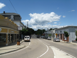Main_Street,_June_2010,_Franklin_MA